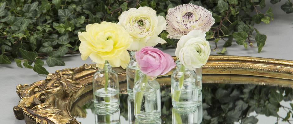 Miniatyrvaser av glas